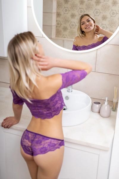 MetArt_Purple-Lace_Leaya_high_0005.jpg