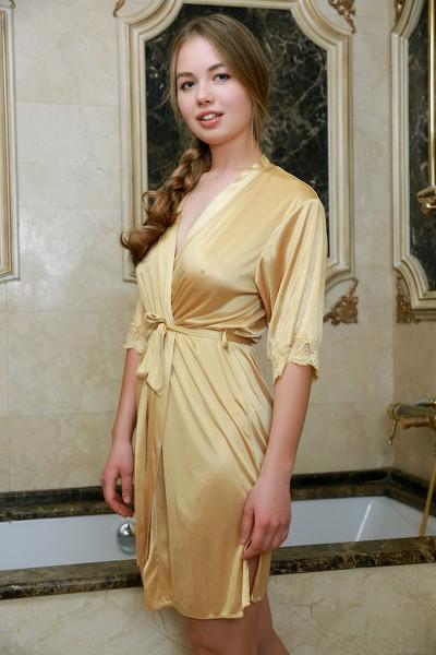MetArt - 2019-03-04 - Camilla Stan - Golden Spa - By Matiss