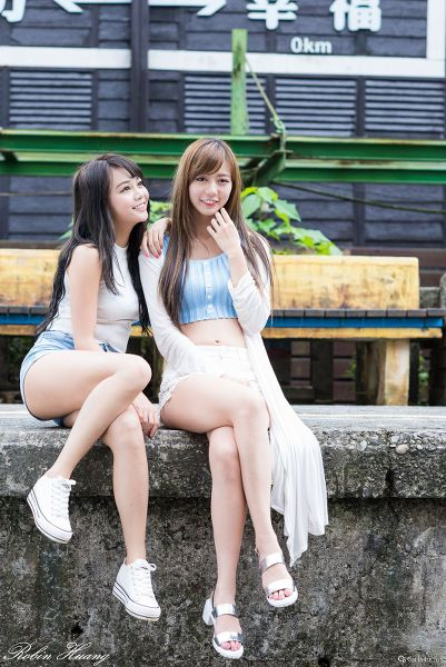 孫卉彤(Candy) & 張芸菁(Arlena) 菁桐&十分遊拍