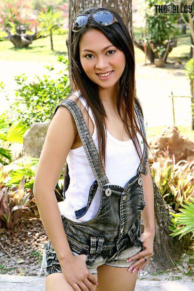 TheBalckAlley Emily Chan 01