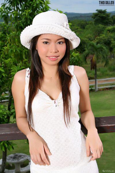 TheBalckAlley Jennie Leung 14