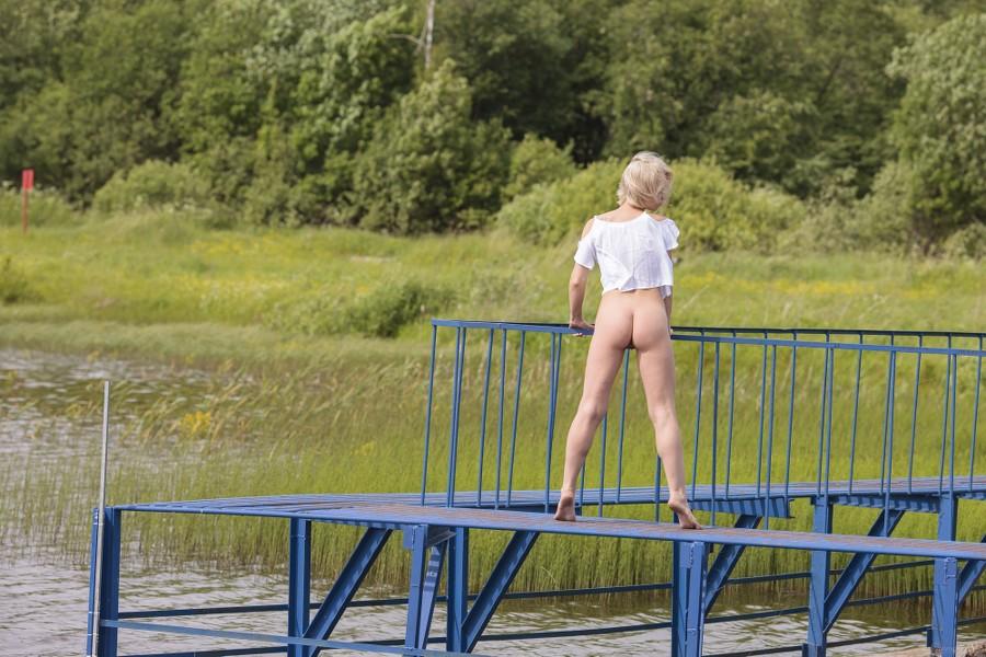 Stunning_The-gates_Eleanor_high_0016.jpg