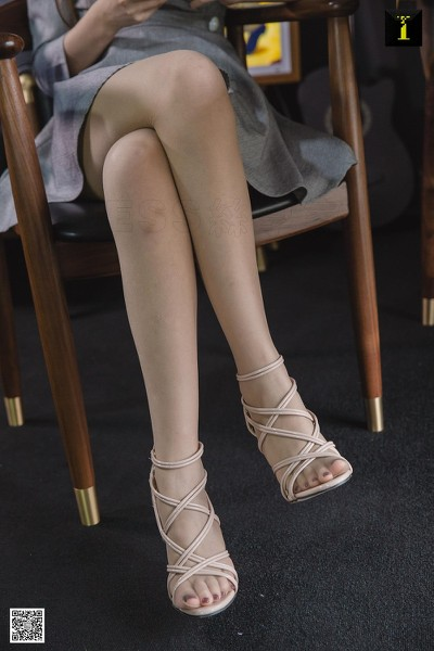 IESS异思趣向 2019.04.25 丝享家471:九妹的肤色凉鞋 九妹