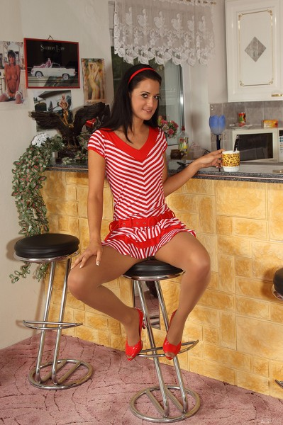 ALSScan - 2014-06-17 - Nicole Vice - Morning Vice