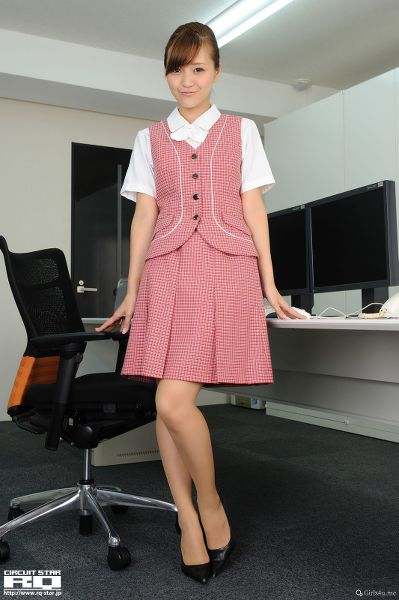 RQ-STAR NO.0537 Mina Momohara 桃原美奈 Office Lady