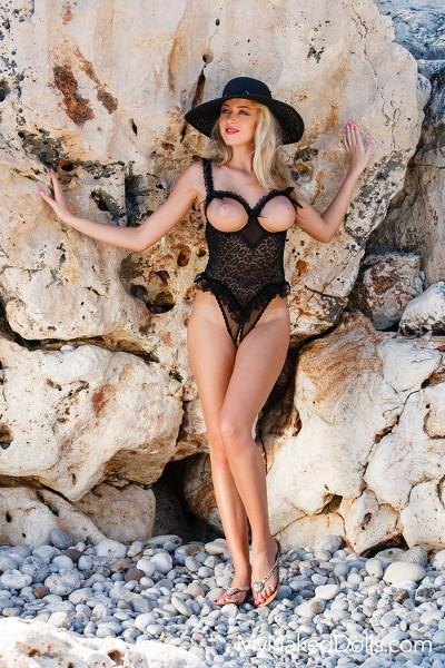 MyNakedDolls - 2016-06-14 - Jennifer - Vacation Vixen - By Tony Murano