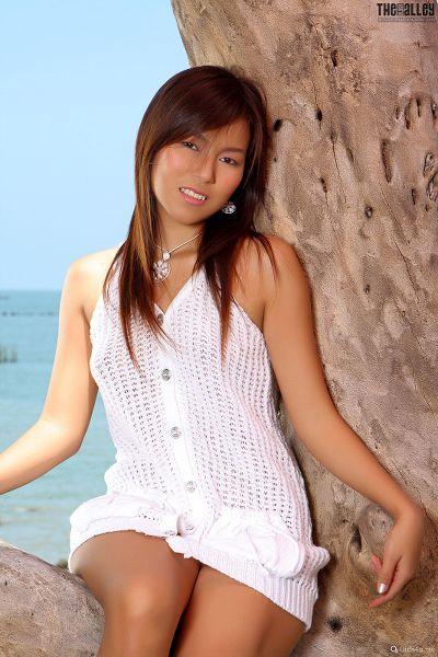 Linda-Pongsai-07-007.jpg