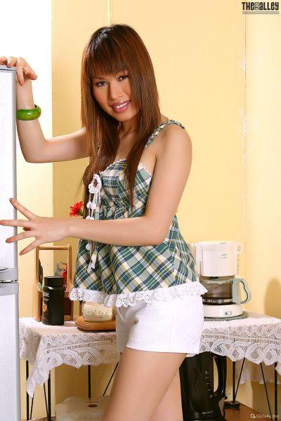 TheBalckAlley Marci Yee 14