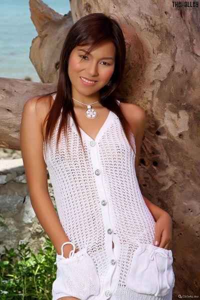 Linda-Pongsai-07-004.jpg