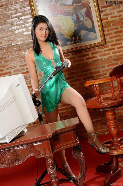 TheBalckAlley Monica Tang 01
