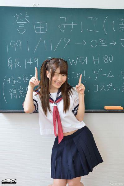 4K-STAR No.204-誉田みに