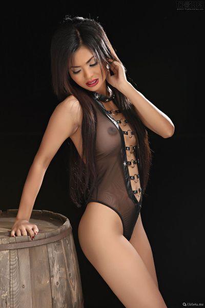 TheBalckAlley Arina Zhen 18