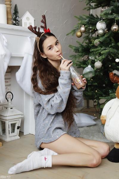 AmourAngels - 2018-12-31 - Leona Mia - Happy New Year 2019 - By Angelito