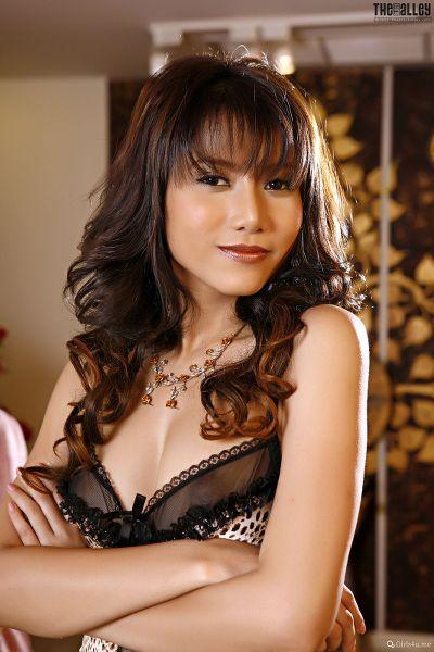 TheBalckAlley Monica Chow 16
