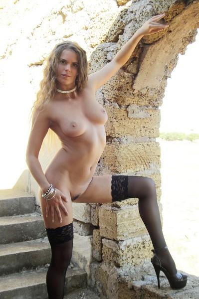 EroticBeauty Erotic Beauty - 2014-09-25 - Nik - Showing Off - By Aleska Tan 41 2667X4000
