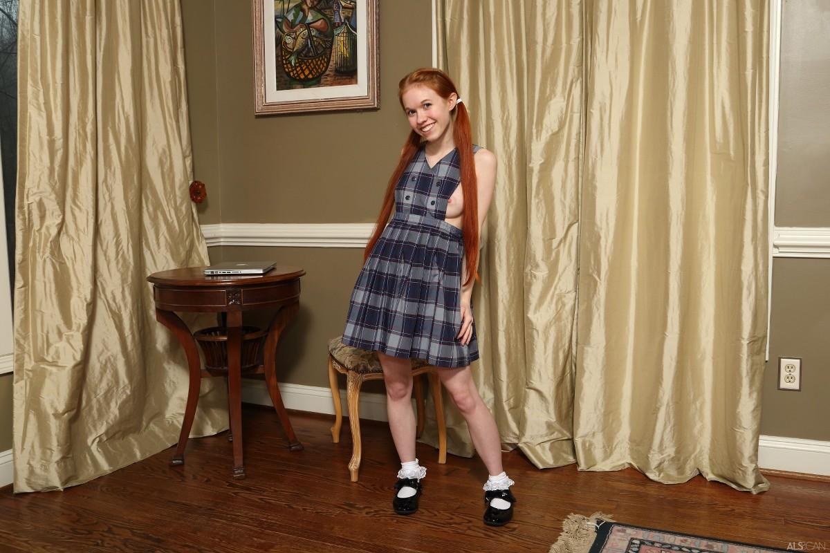 ALS Scan - 2016-04-03 - Dolly Little - Triplicate 235