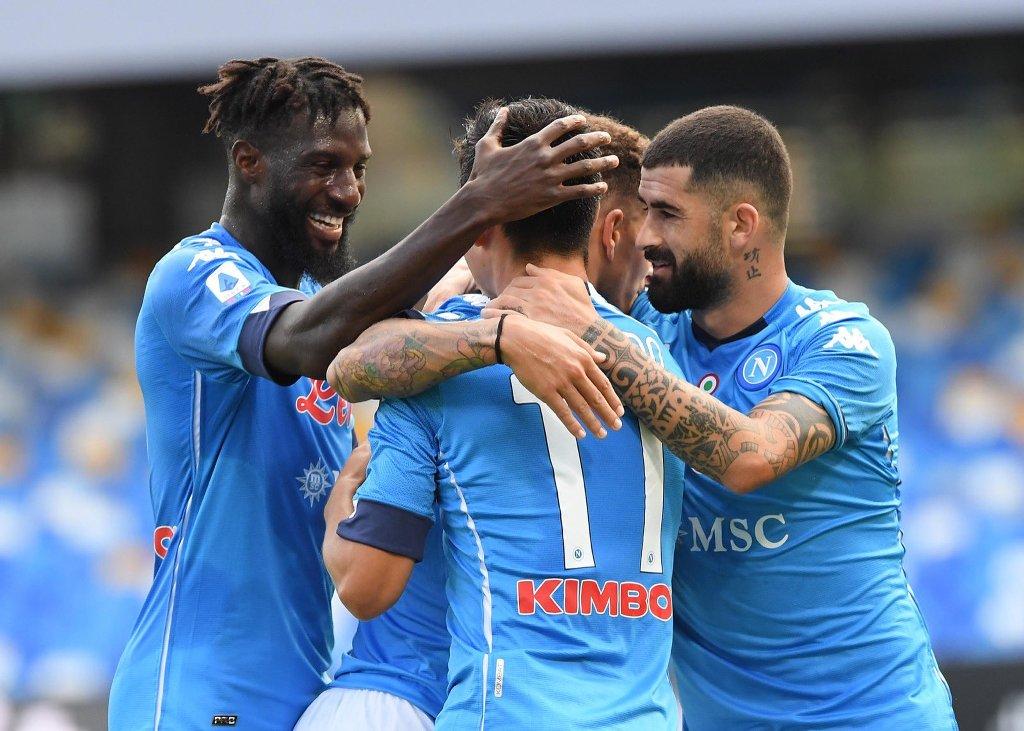 Los 2 goles del Chucky Lozano ante el Atalanta (Video)