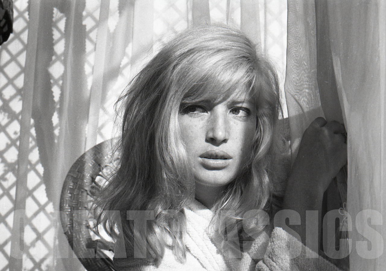 Mickey Ferriols (b. 1973),Urvashi Sharma Hot images Deborah Makepeace,Camille Keaton