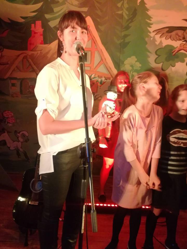 Świąteczny Koncert FAMILIARIS wDomu Dziecka