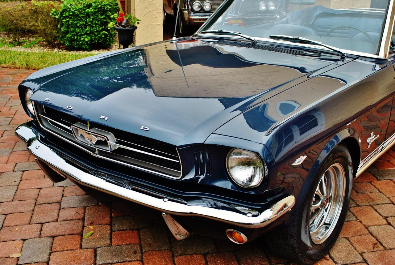 1965 Ford Mustang Convertible A Code 289 V8 4bbl 4-Speed: Power Steering, Power Top, Buckets & Console, New Wheels & Tires, Luggage Rack