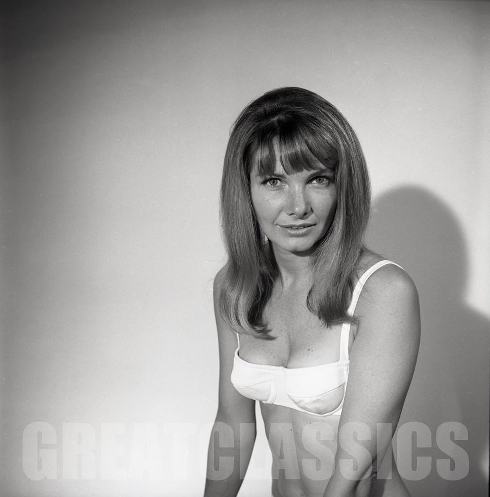 Anthony Hopkins (born 1937 (naturalized American citizen) Erotic image Jennia Fredrique,Emi Kobayashi (b. 1983)