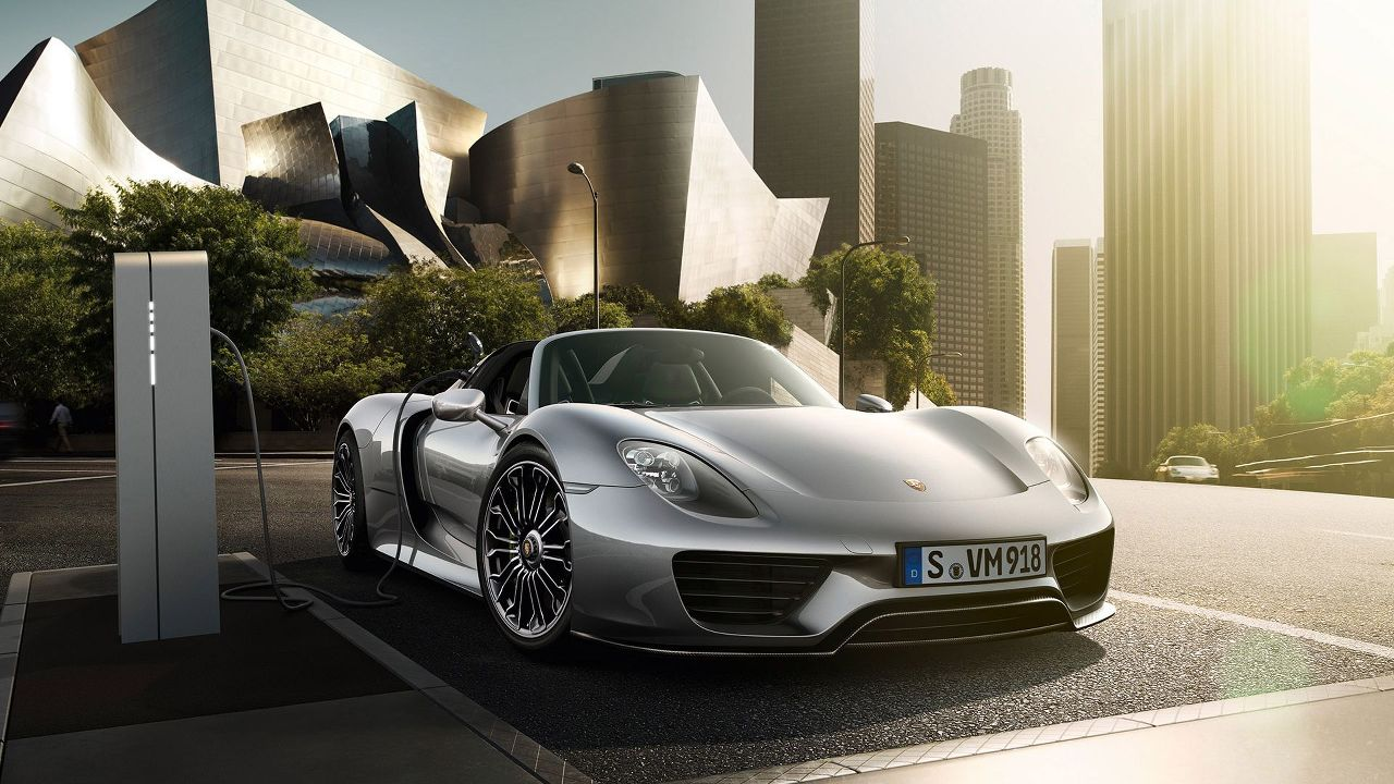 Porsche 918 Spyder Fast Charging Station