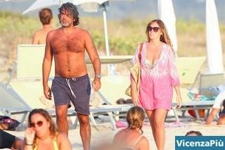 Maria Elena Boschi con Francesco Bonifazi, tesoriere del PD, foto Vanity Fair