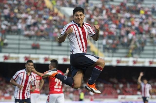 Chofis anota doblete ante el Veracruz