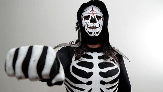Fallece el luchador de Triple A La Parka a los 54 años