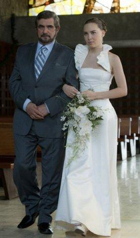 Belinda y Poncho traje boda
