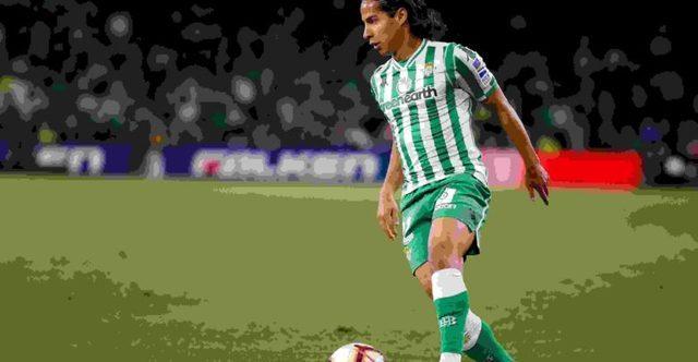 Diego Lainez anota golazo en entrenamiento del Betis