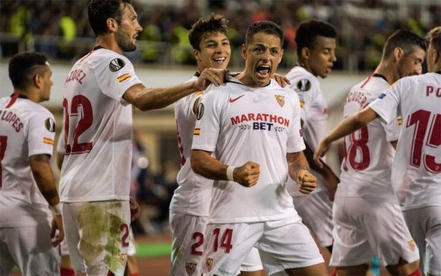 Golazo de Chicharito en la Europa League (Video)