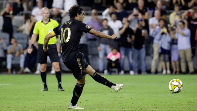 Carlos Vela se convierte en el máximo goleador