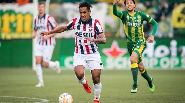 Renato Tapia cerca del Cruz Azul