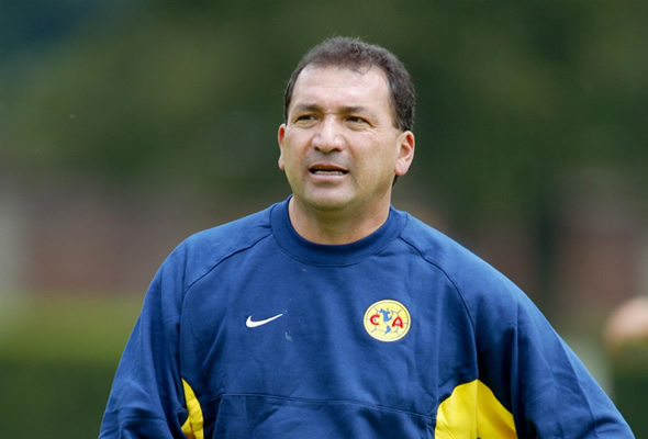 Carrillo asegura que corrió a Cuauhtémoc Blanco
