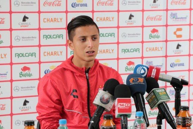Roberto Alvarado del Necaxa podría llegar a Cruz Azul