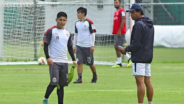 Eduardo López y José Juan Macías se recuperan de las lesiones