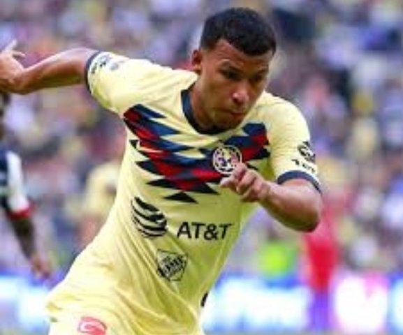 Roger Martínez fue castigado por berrinche contra Pumas