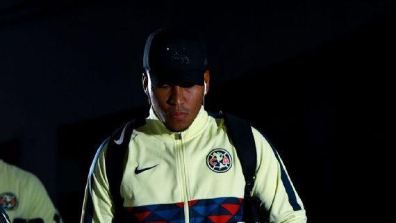 Roger Martínez ya entrenó y participó en simulacro con América