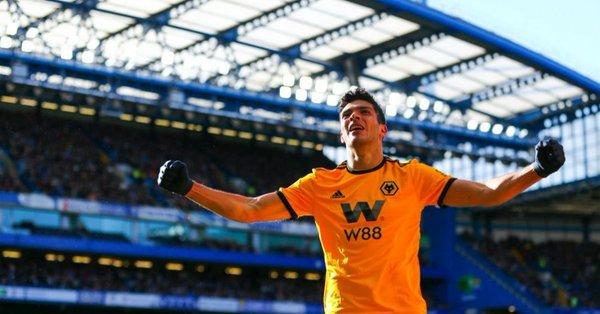Raúl Jiménez logra su gol 100 ante Chelsea en la Premier League