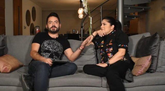 José Eduardo Derbez pregunta a Victoria Ruffo sobre su papá