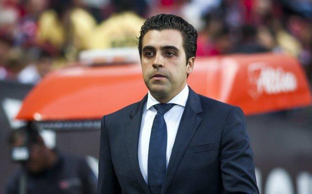 Necaxa cesa a el técnico Michel Leaño