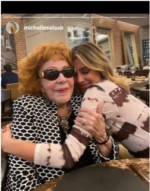 Michelle Salas pide oraciones para Silvia Pinal