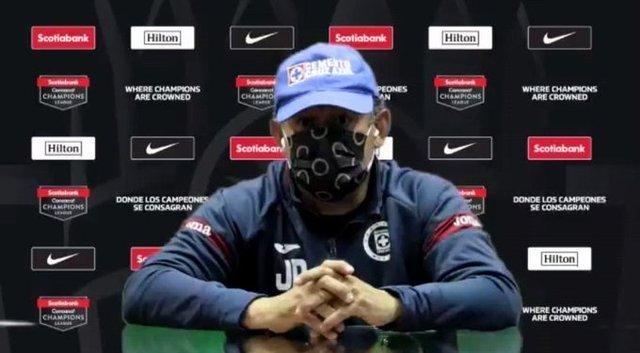 Reynoso lanza mensaje a su plantel antes delpartido de la Concachampions
