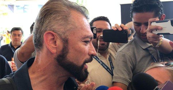Higuera rechaza llegada de Jürgen Damm, reconoce interés por 'Fideo'