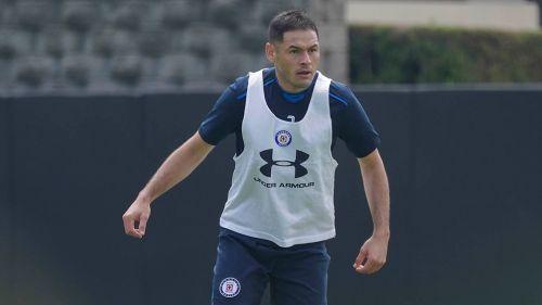 Pablo Aguilar será el líder de la defensa del Cruz Azul
