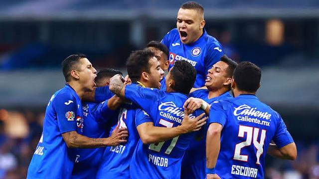 """Cruz Azul podría perder a 7 jugadores a causa de """"Billy"""" Álvarez"""