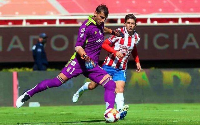 Chivas se concentra en el partido ante Pachuca