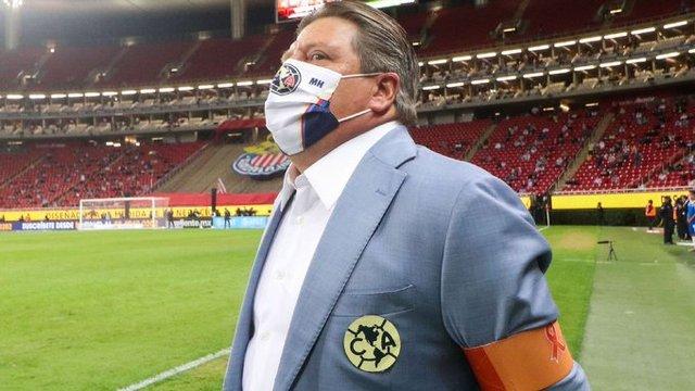 Miguel Herrera saldrá por el gol en el partido de vuelta ante Chivas