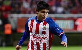 'Chofis' López renueva con Chivas pero tiene condiciones